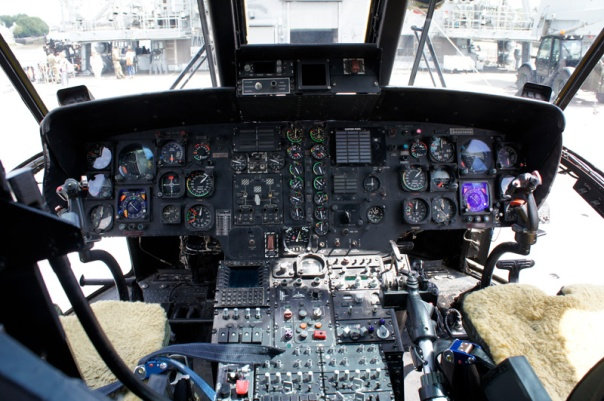 sea king helicopter cockpit